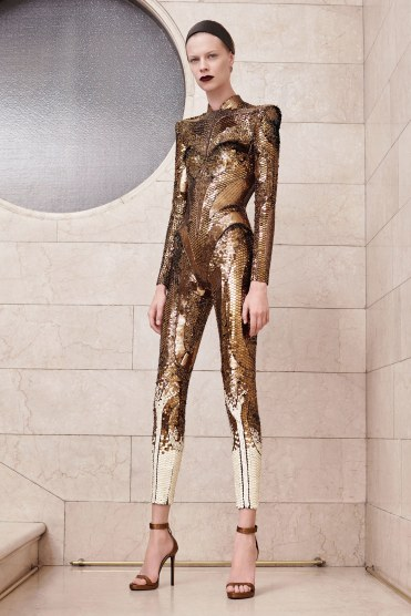 05-atelier-versace-couture-fall-17