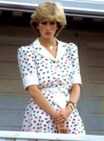07d6901297e58104106a27228a1328f0--princess-diana-pictures-princess-diana-fashion-1